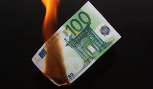 verbranntes-geld-300x175