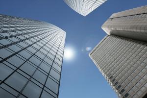 IMMOVATON AG: Hochhäuser, Kapitalanlagen und Immobilien