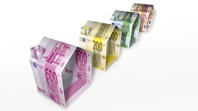 Illustration: Häuser aus Geldscheinen