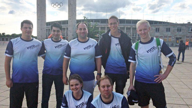 "B2RUN Berlin - Gruppenbild der ""immo runners"", dem Laufteam der IMMOVATION-Unternehmensgruppe"