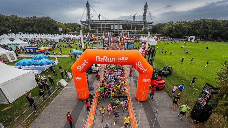 B2Run Firmenlauf - Läufer am Start