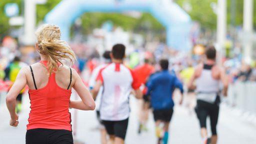 Marathon Läufer auf der Straße