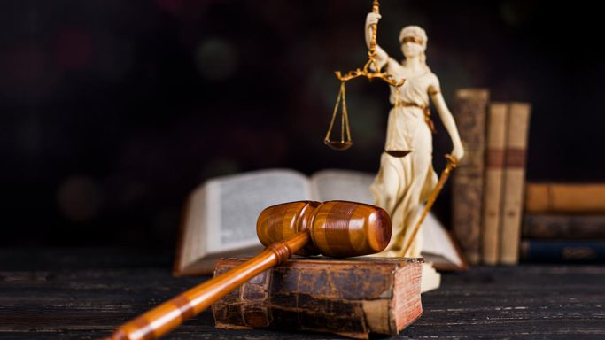 Justitia/Mietendeckel