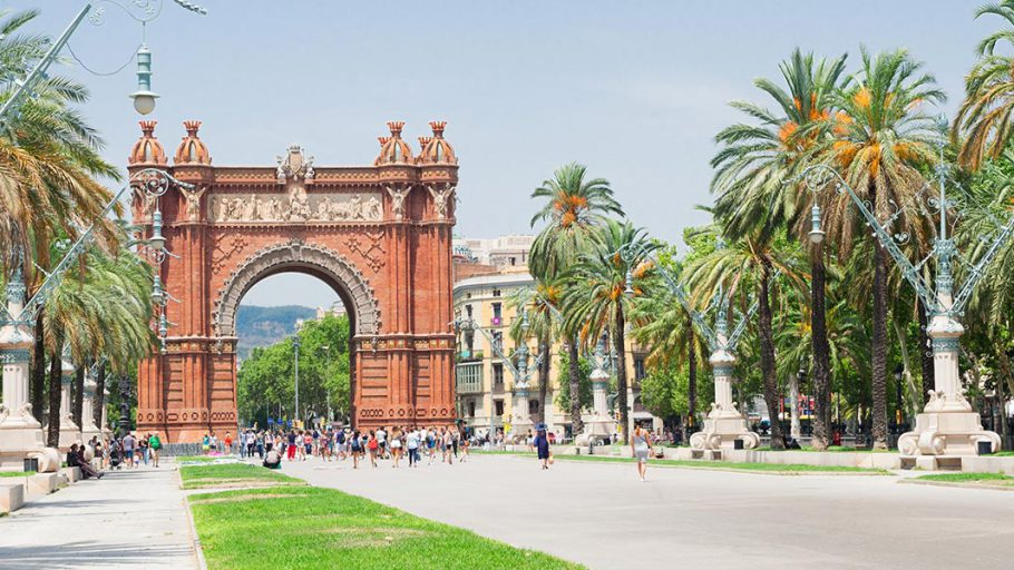 Jens Nerkamp, Barcelona-Halbmarathon, Start- und Endpunkt ist der Arc de Triomf